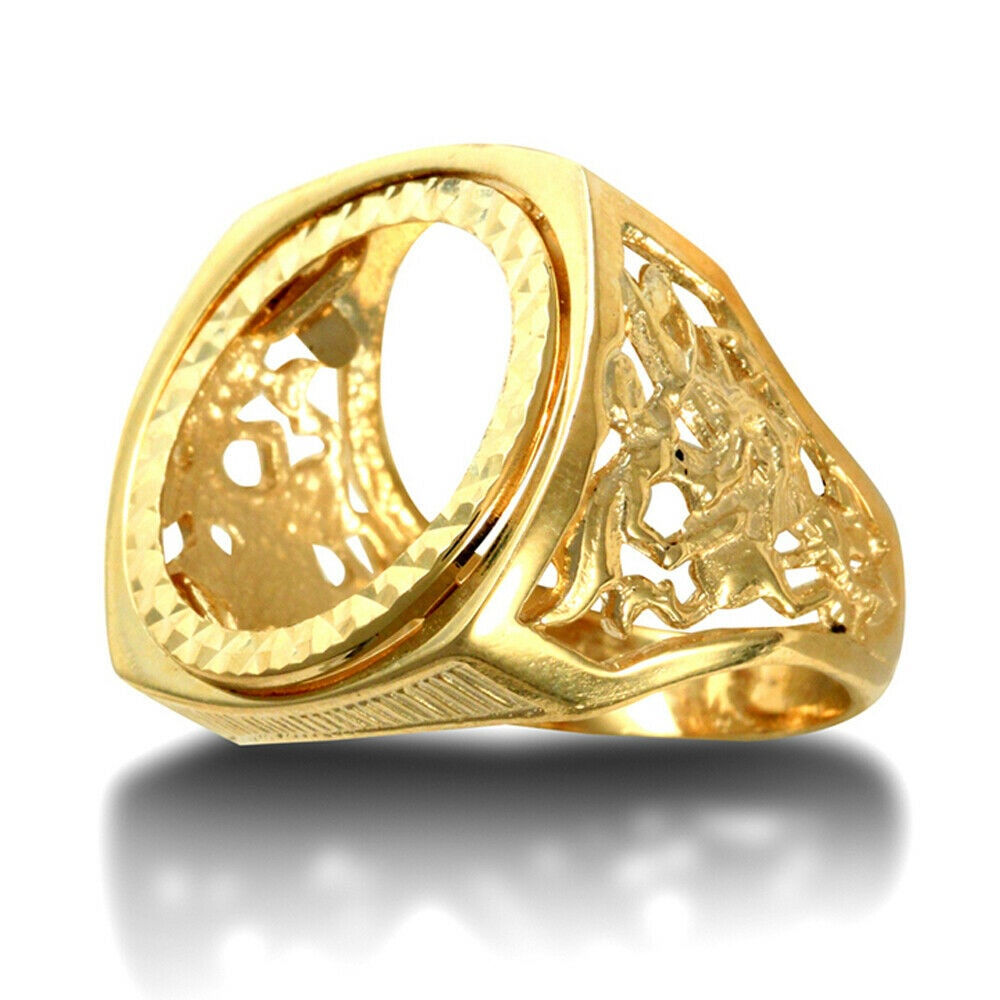 aa 40 - Solid 9ct Gold Man's Heavy St George Dragon Slayer full Sovereign Mount Ring.
