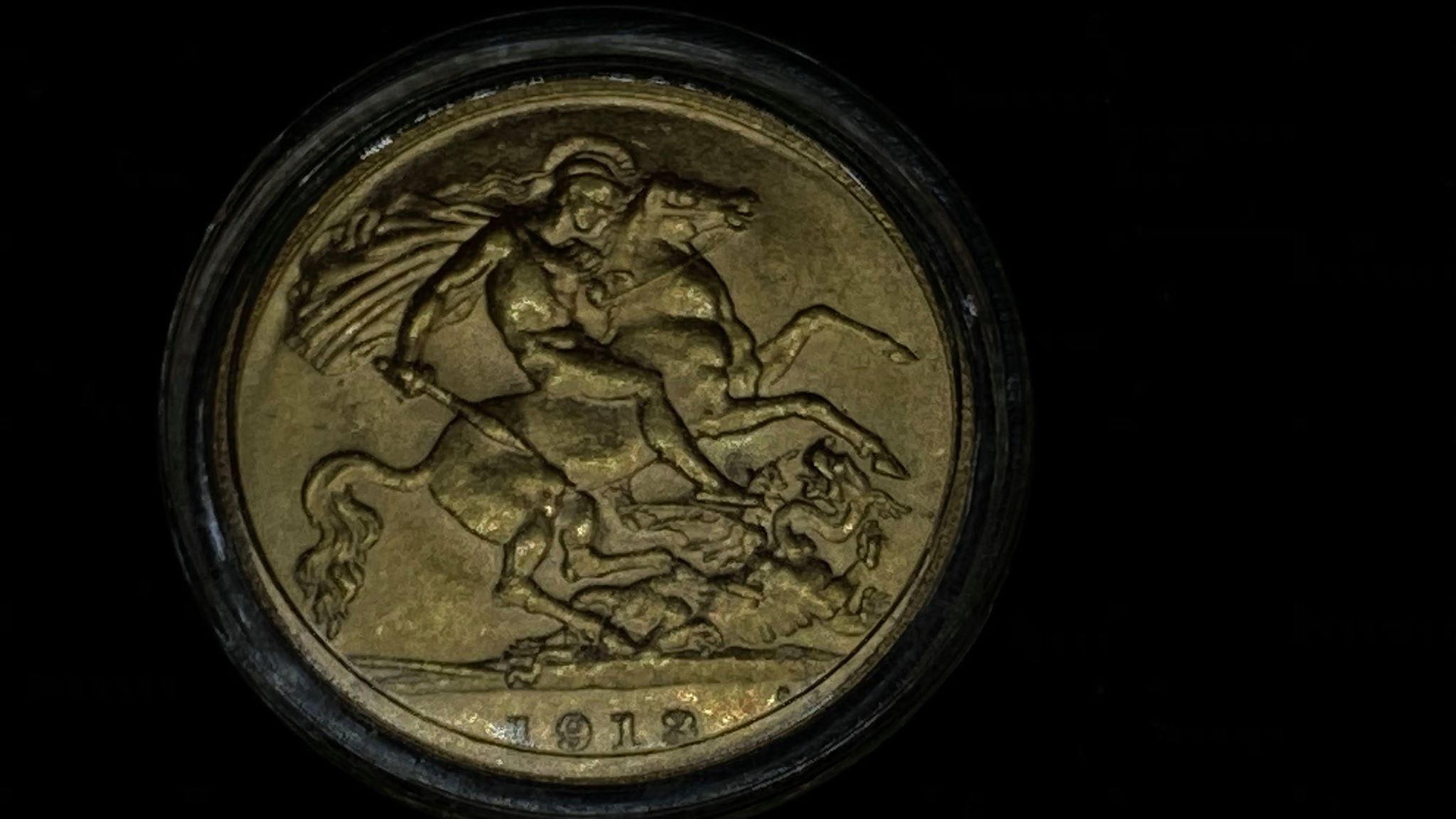 1913 Gold Half Sovereign King George V –  VF Condition