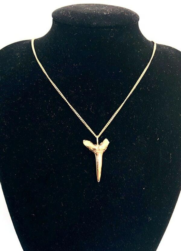 Stunning! Handmade Solid 9ct Gold Mako Sharks Tooth Pendant 2.6cm long 4.0g