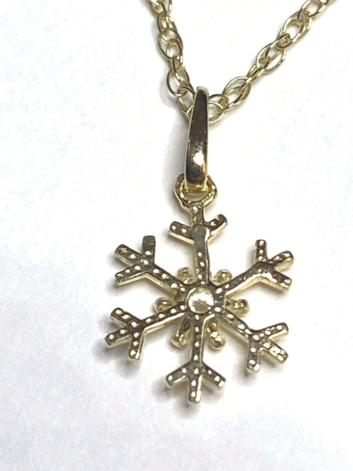 snowflake2 - 9k Yellow Gold Snowflake Pendant set with Cubic Zirconia and Chain