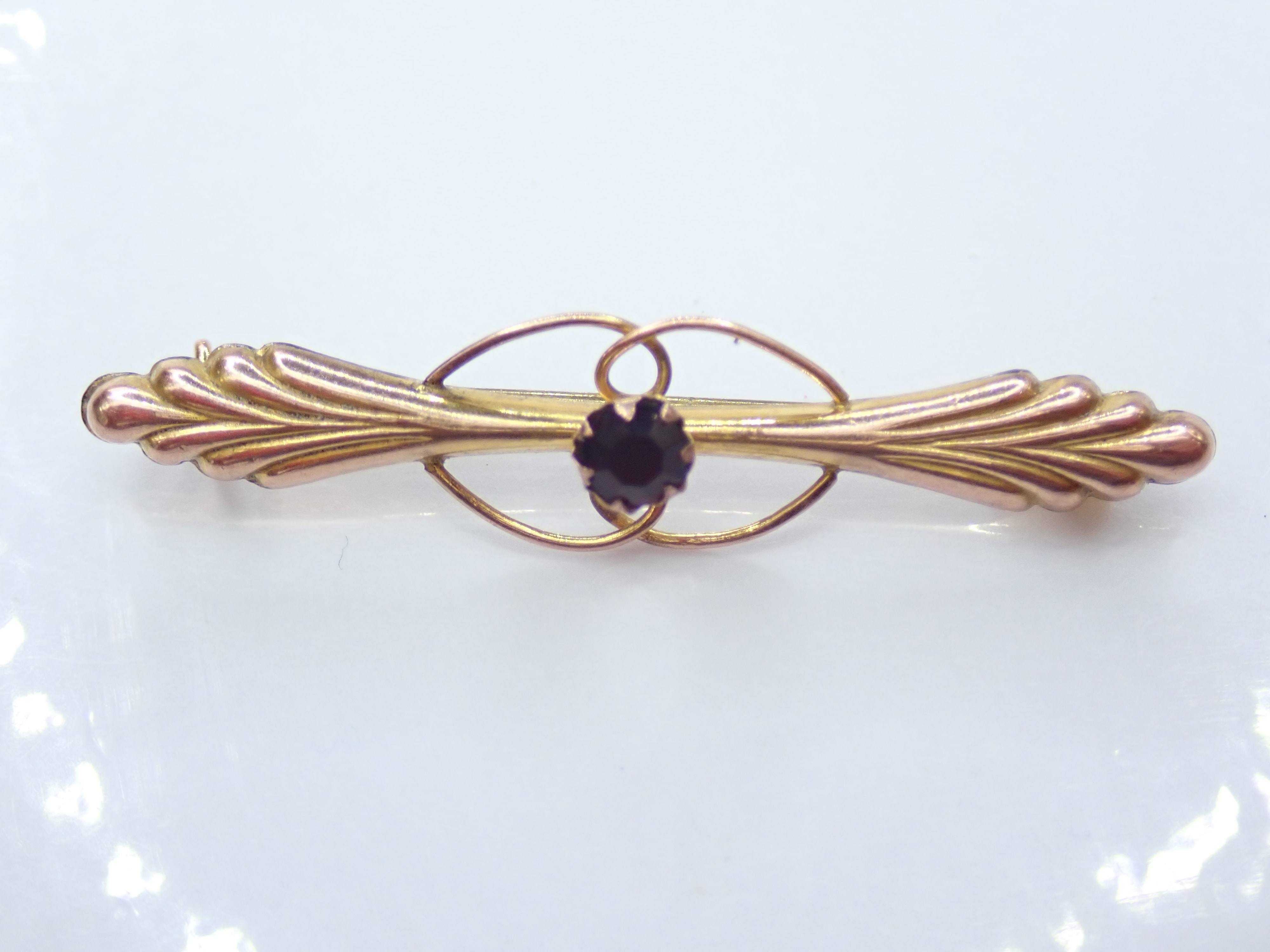 Antique!! 9ct Yellow Gold Red Garnet Pin Brooch 0.91g #7