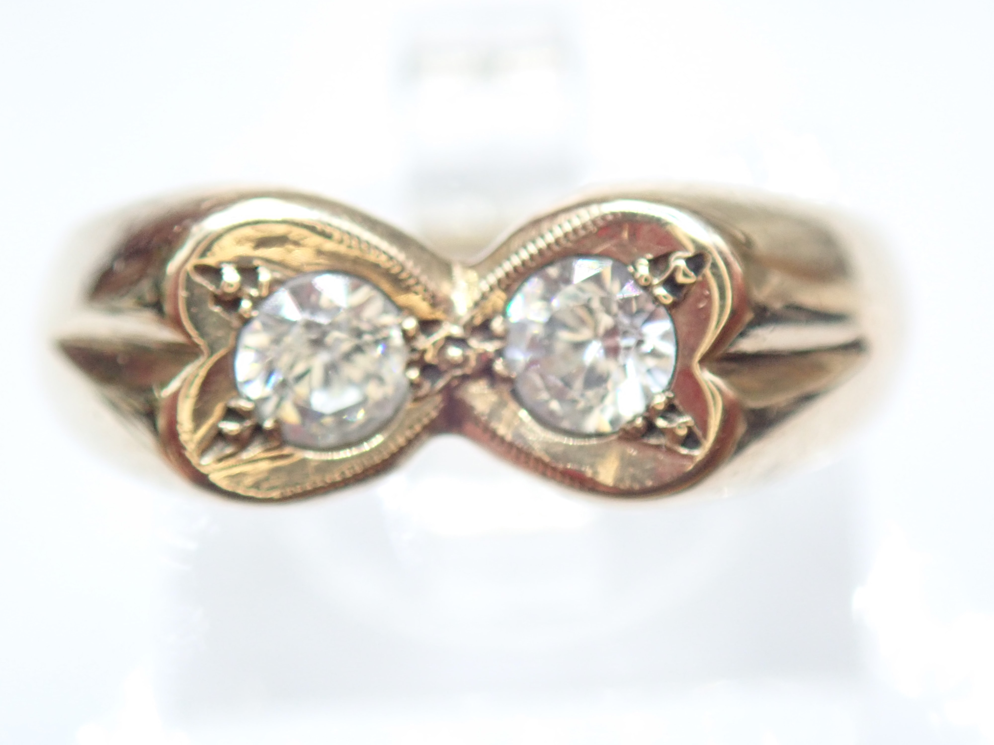Unusual ! 9ct Gold Double Heart Engagement Wedding Ring  Size R  3.64g #50