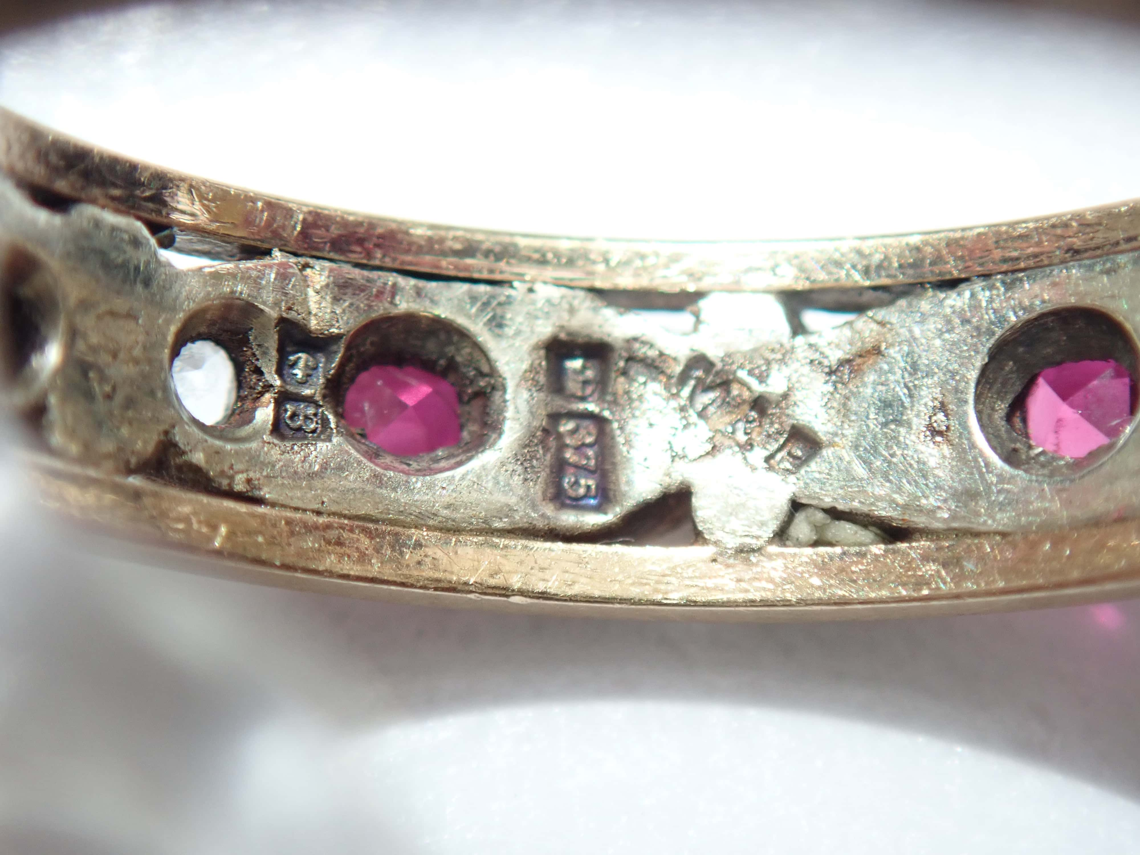 Stunning 9ct Gold Ruby and Cubic Zirconia Full Eternity Ring Size N- 3.35gm #56