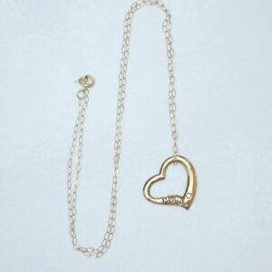 375 Yellow Gold Mum Heart & Cubic Zirconia Pendant 16″ chain -1.2gms #18
