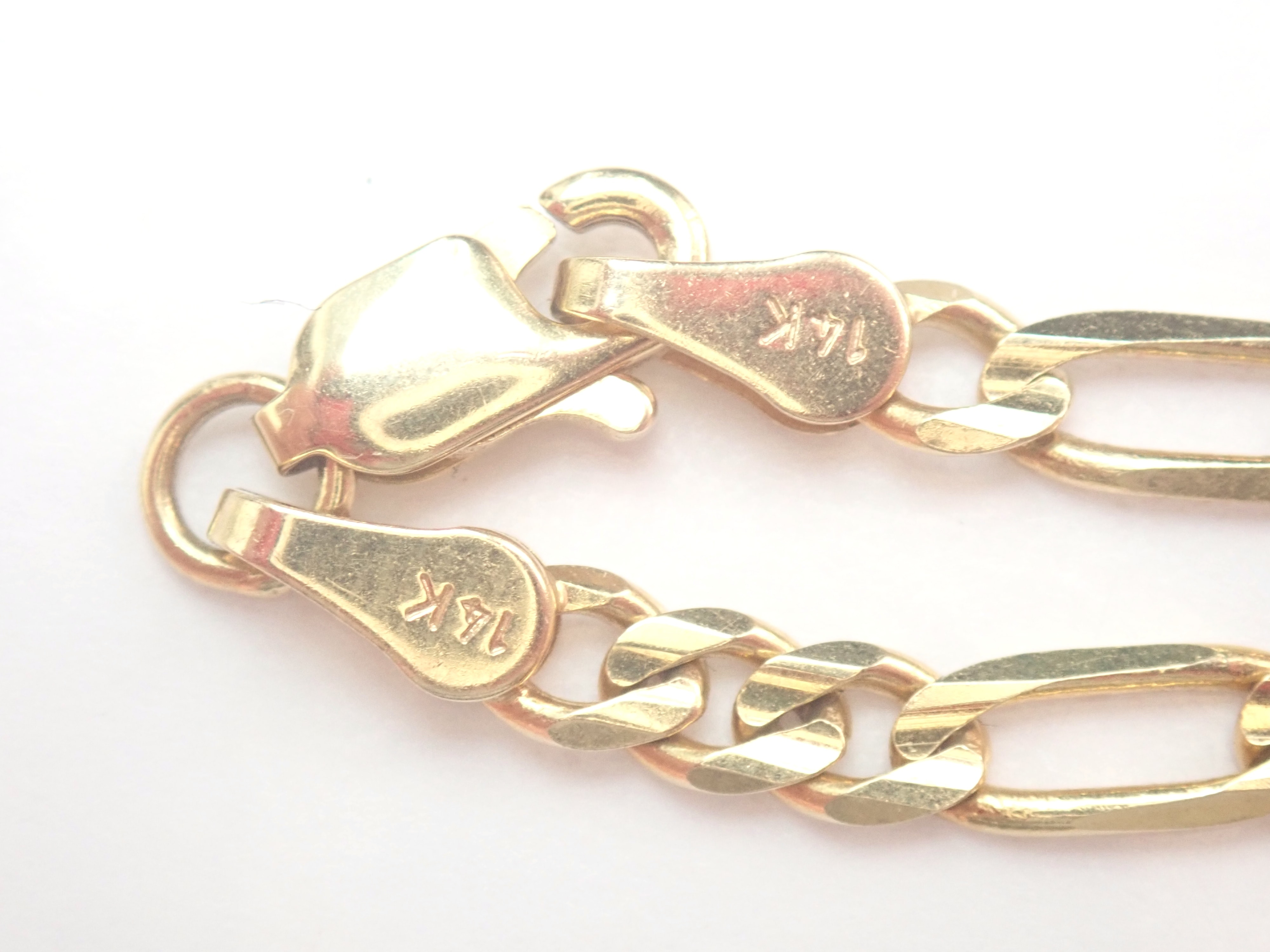"""AZZ00799 1 - 14ct Yellow Gold Figaro Linked Chain with Lobster Claw Clasp 22"""" - 12.7gms #320"""