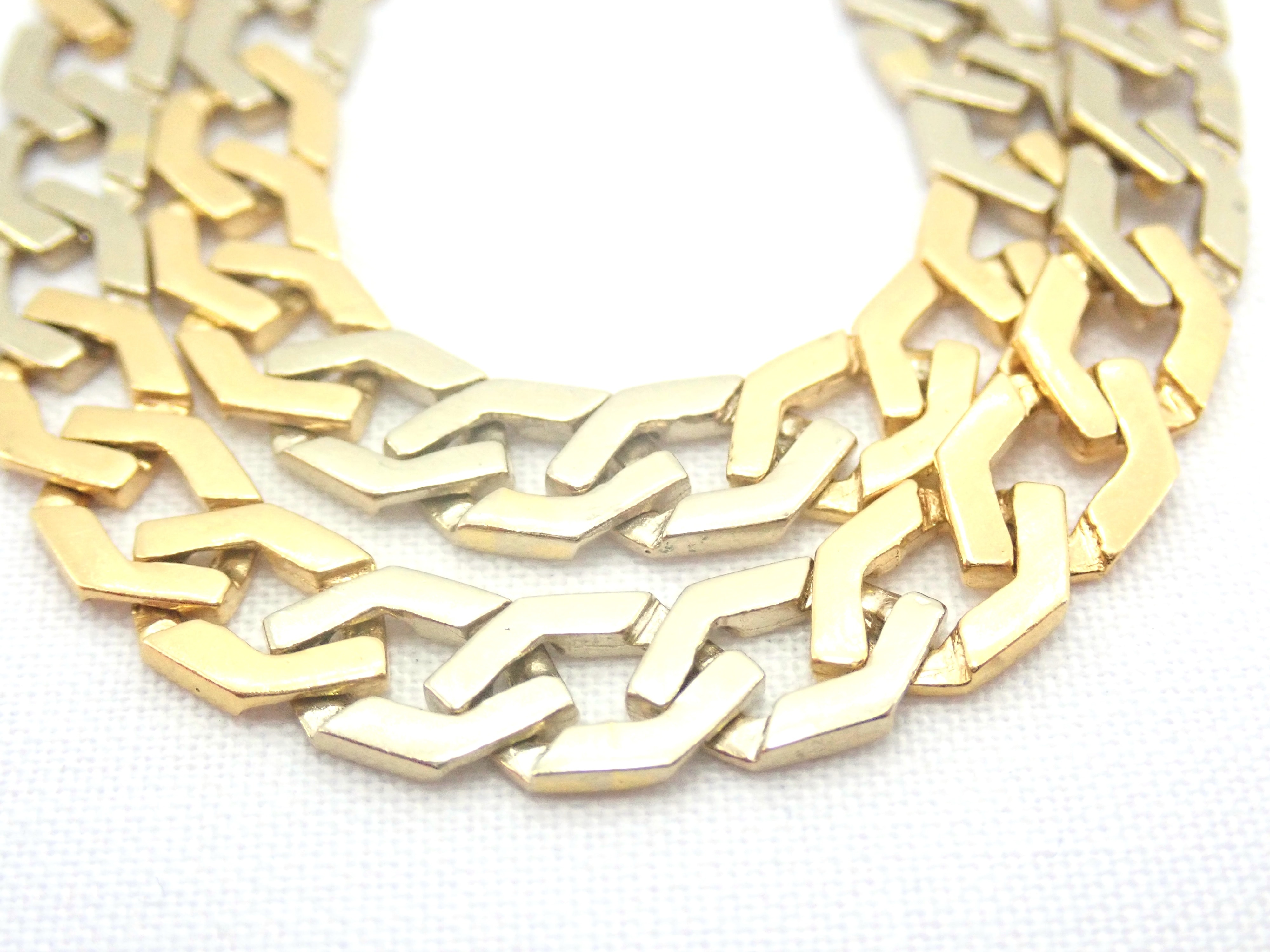 """AA000681 - 18ct Two Tone Gold Fancy Flat Linked Curb Chain Lobster Claw Clasp 20"""" - 33.3 gms #5311"""