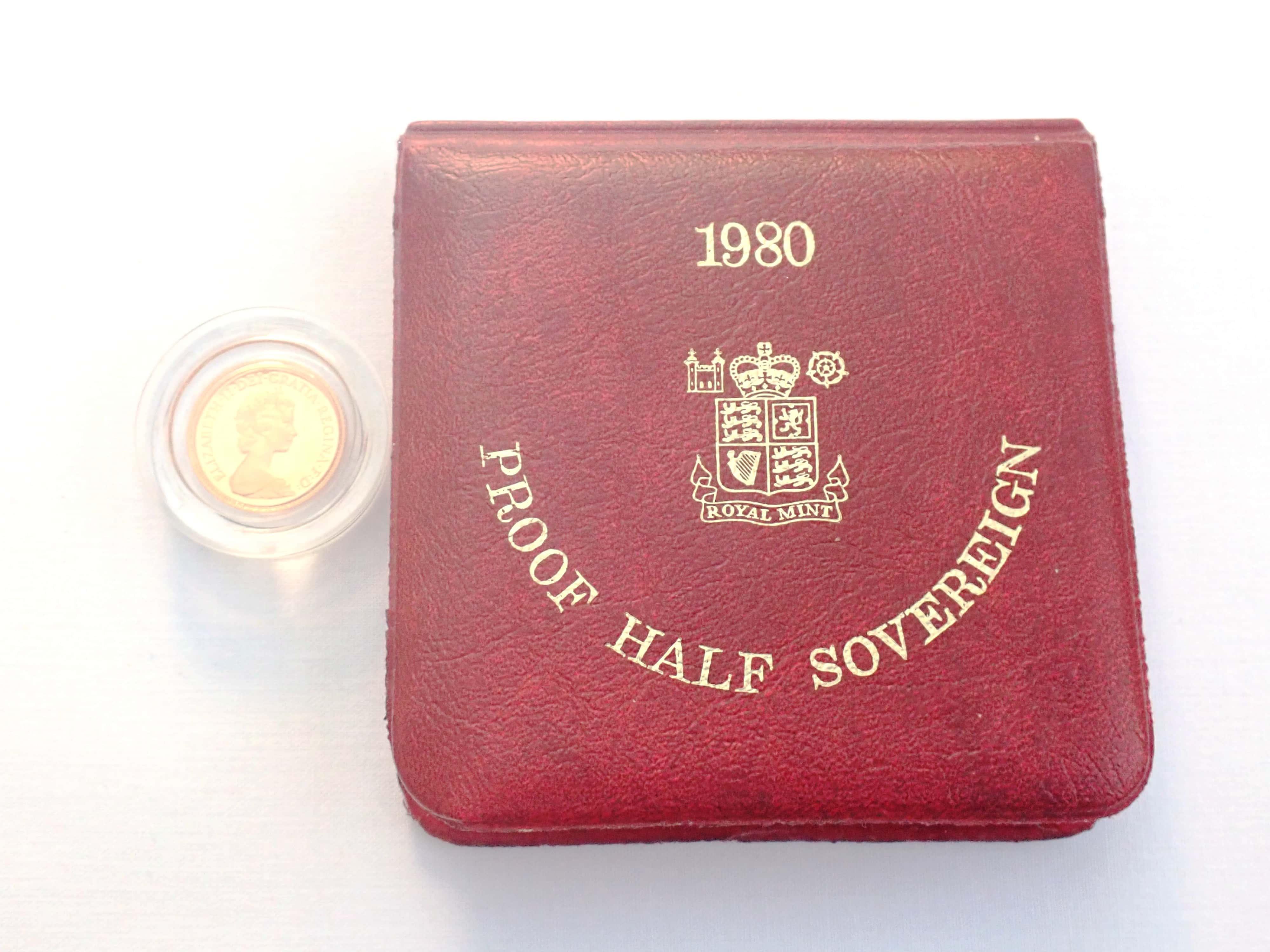 AA000702 - 1980 Proof Gold Half Sovereign Red Boxed 22k Elizabeth II 2nd Portrait #175
