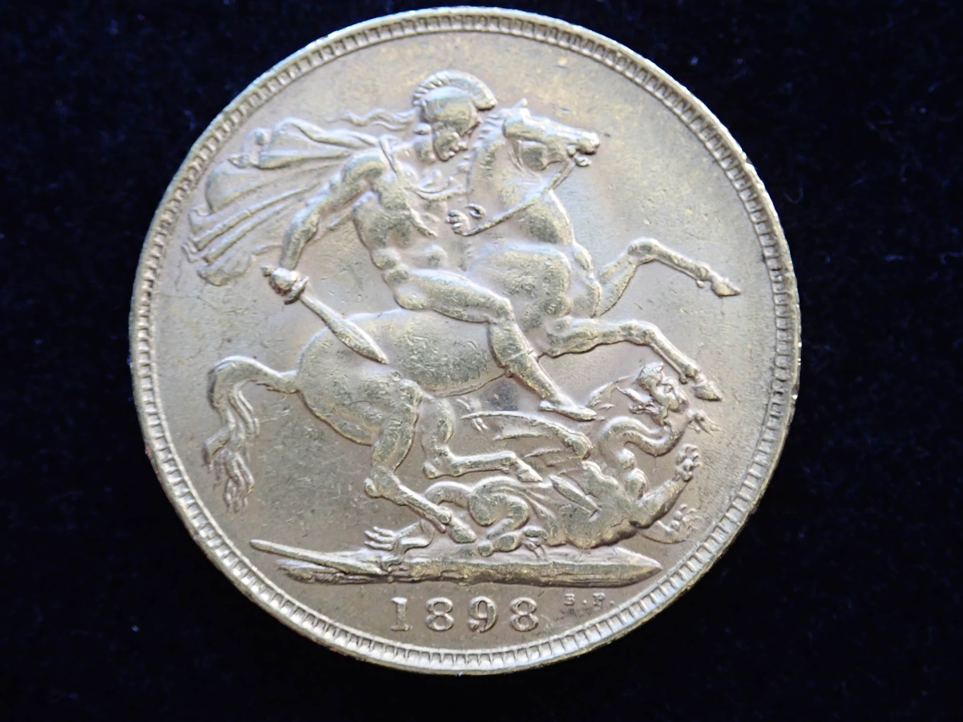AA000800 - 1898 Gold Coin Full Sovereign - Queen Victoria Old Head - London Mint #355