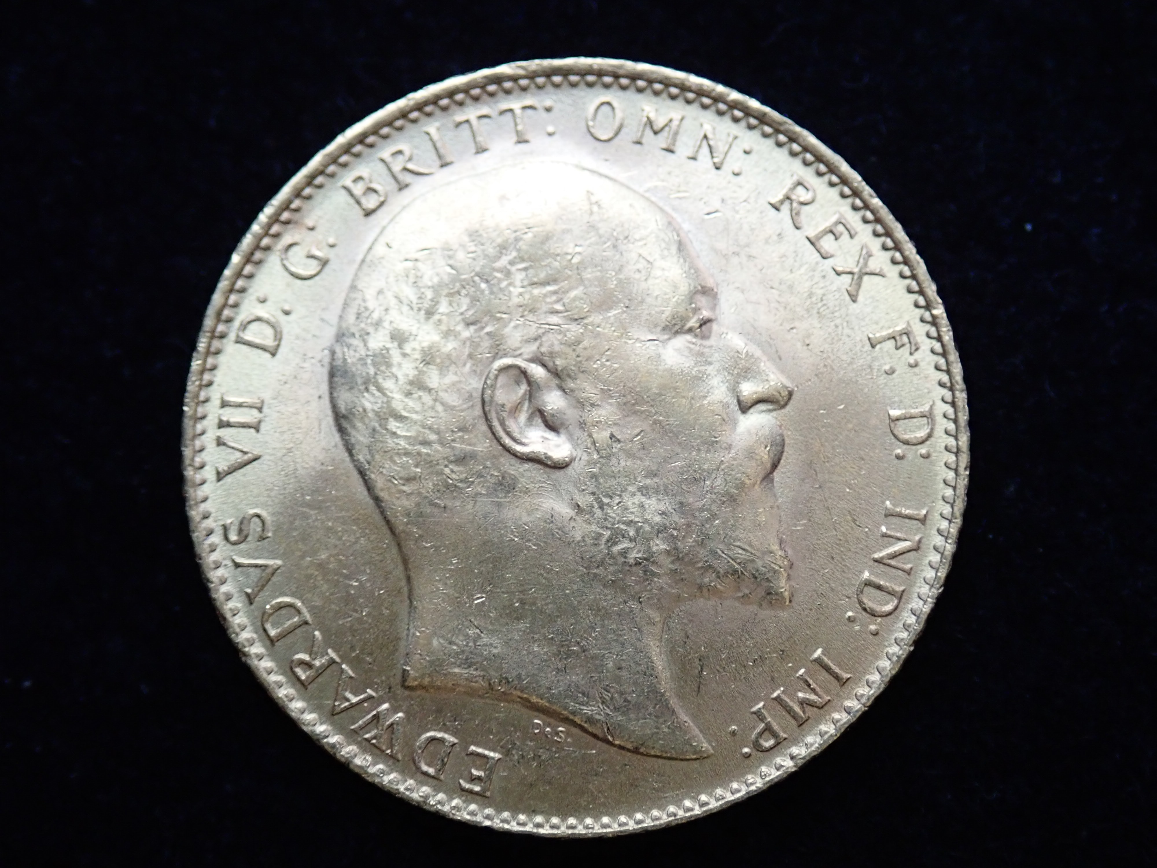 AA000811 - 1910 22ct Gold Full Sovereign King Edward VII Coin London Mint A.U #553