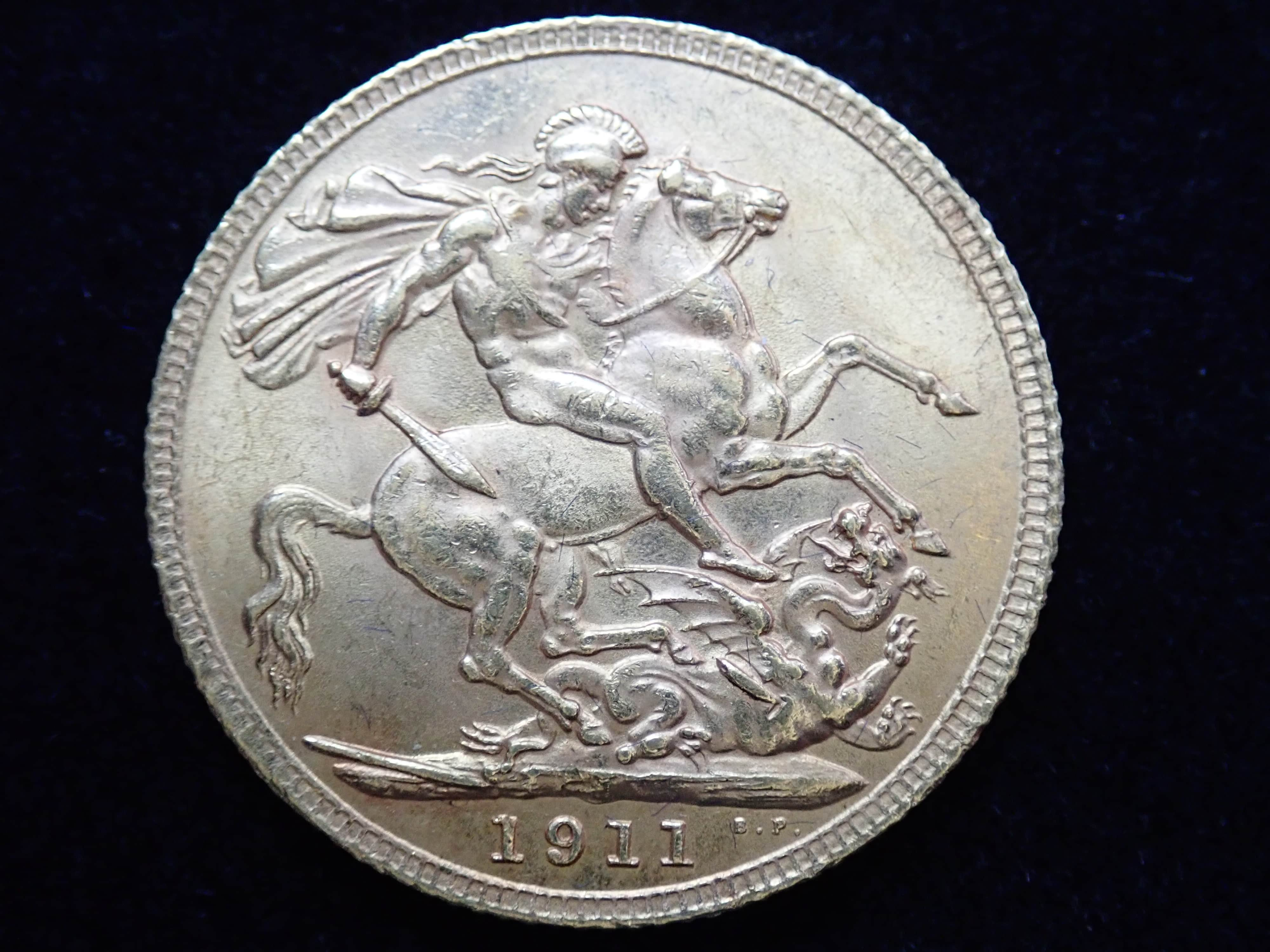 AA000812 - 1911 Gold Full Sovereign Coin - King George V- London Mint #355