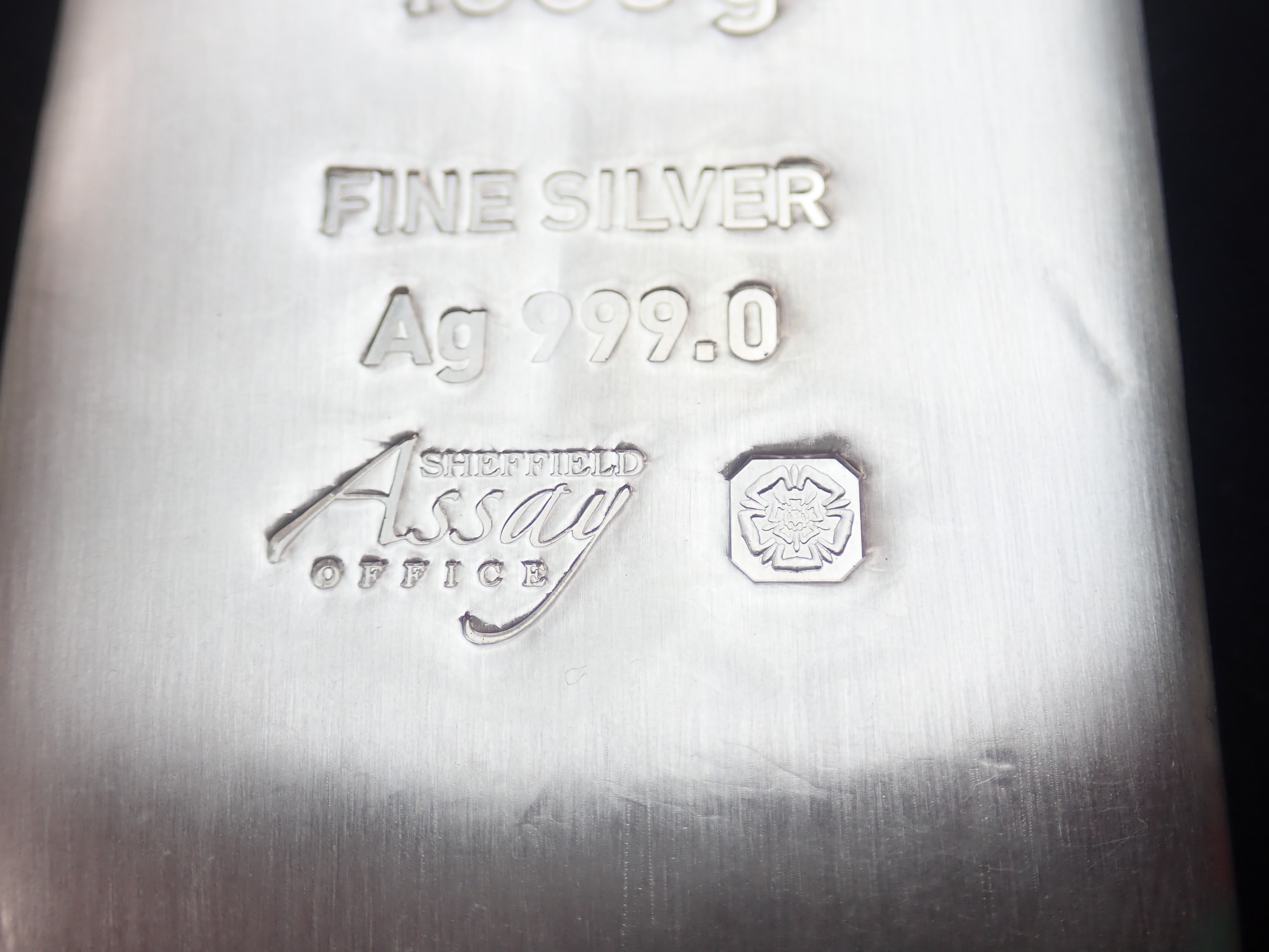 AZZ00602 - Unimet 1000g / 1 Kilo  Fine Silver Ag 999.0 Cast Bar
