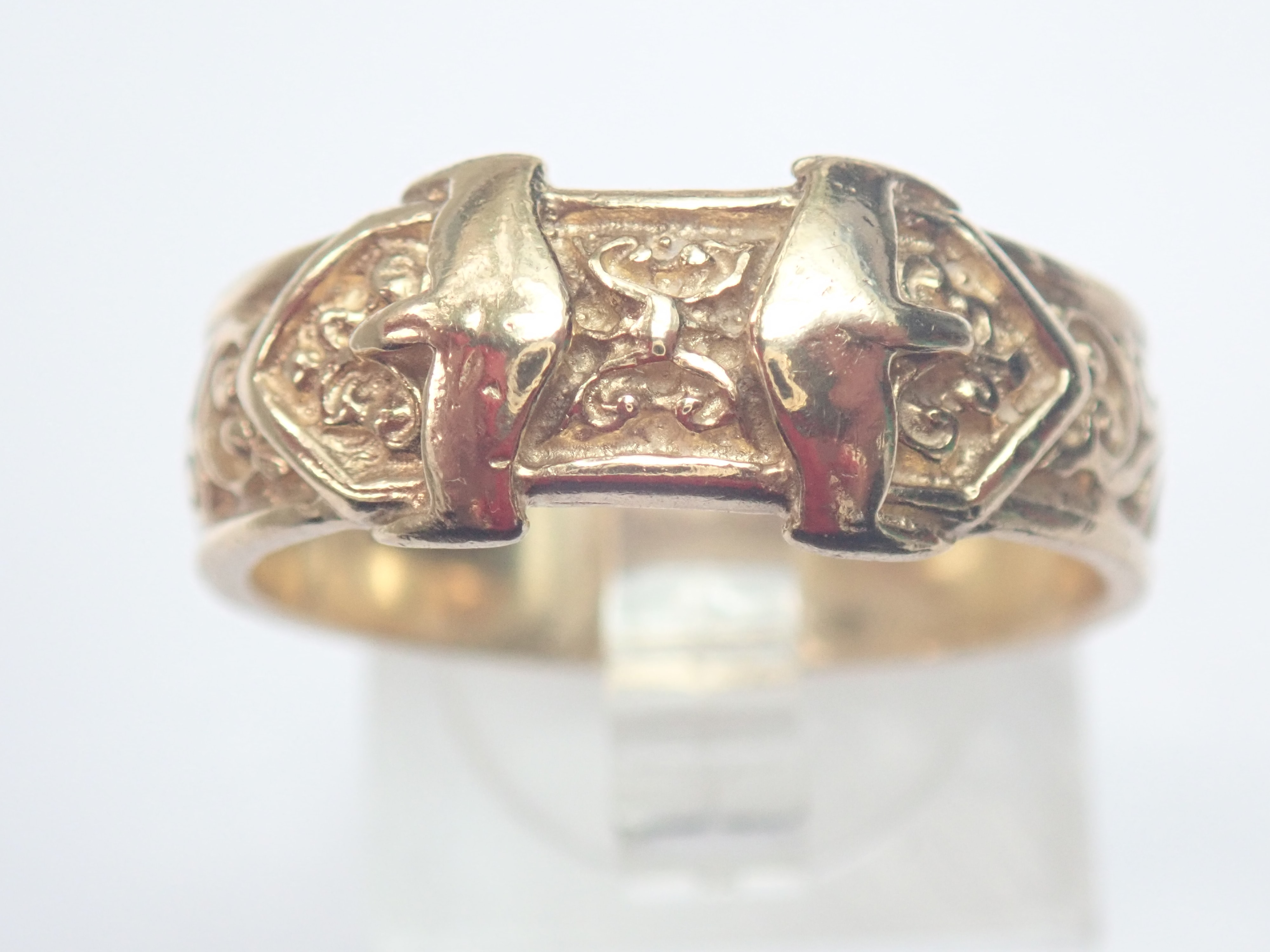 AZZ00609 - Vintage!! 9ct Gold Double Buckle Ring 6.3gms Size U1/2 #145