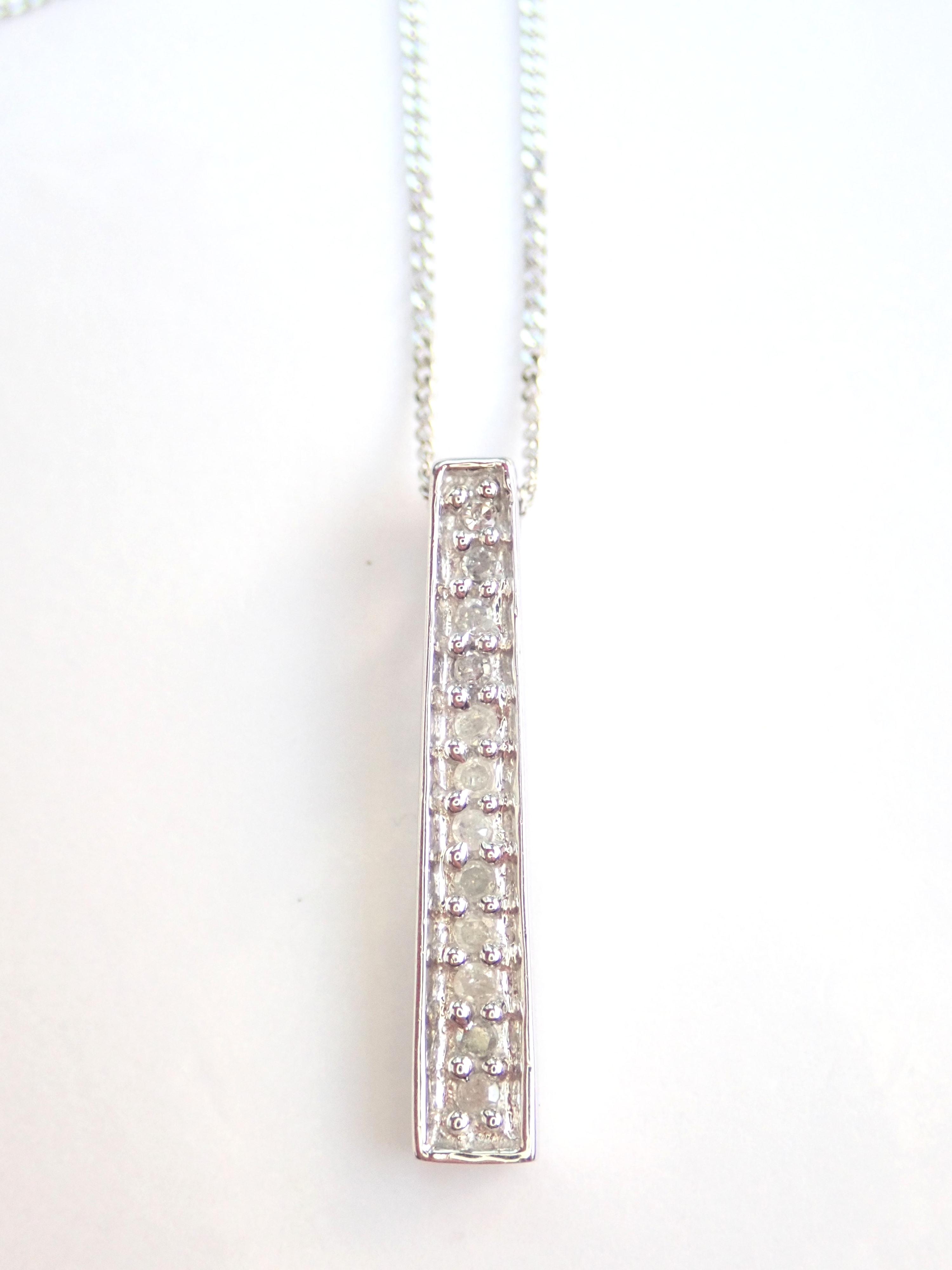 "AZZ00665 - Beautiful! Diamond Stick Pendant & 18"" Curb Chain 9 carat White Gold Fully Hallmarked #50"
