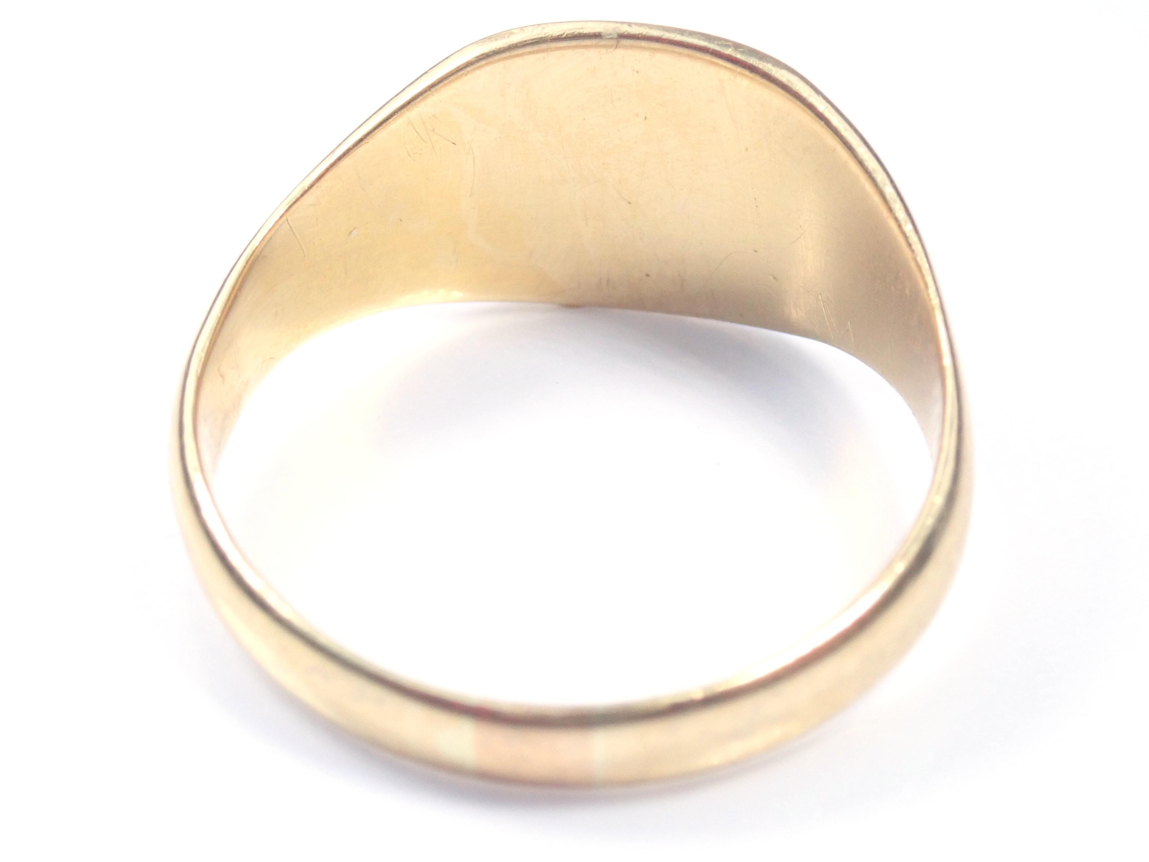 AZZ00875 1 - Beautiful!! Vintage Shield Solid 18 carat Gold Signet Ring - Size V - 6.95gms #150