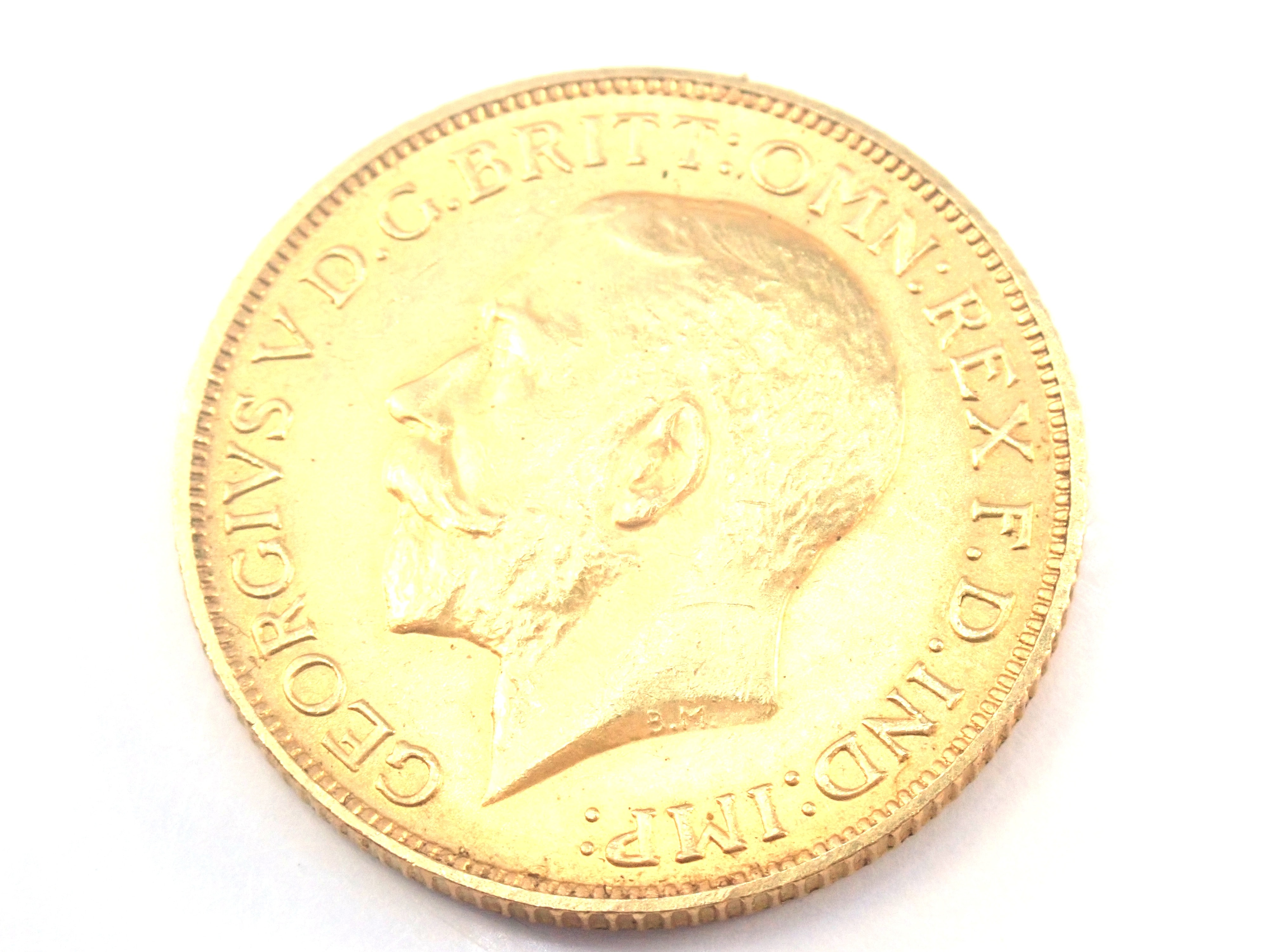 AZZ00876 2 - 1925 22ct Gold Sovereign King George V Coin A.U #557