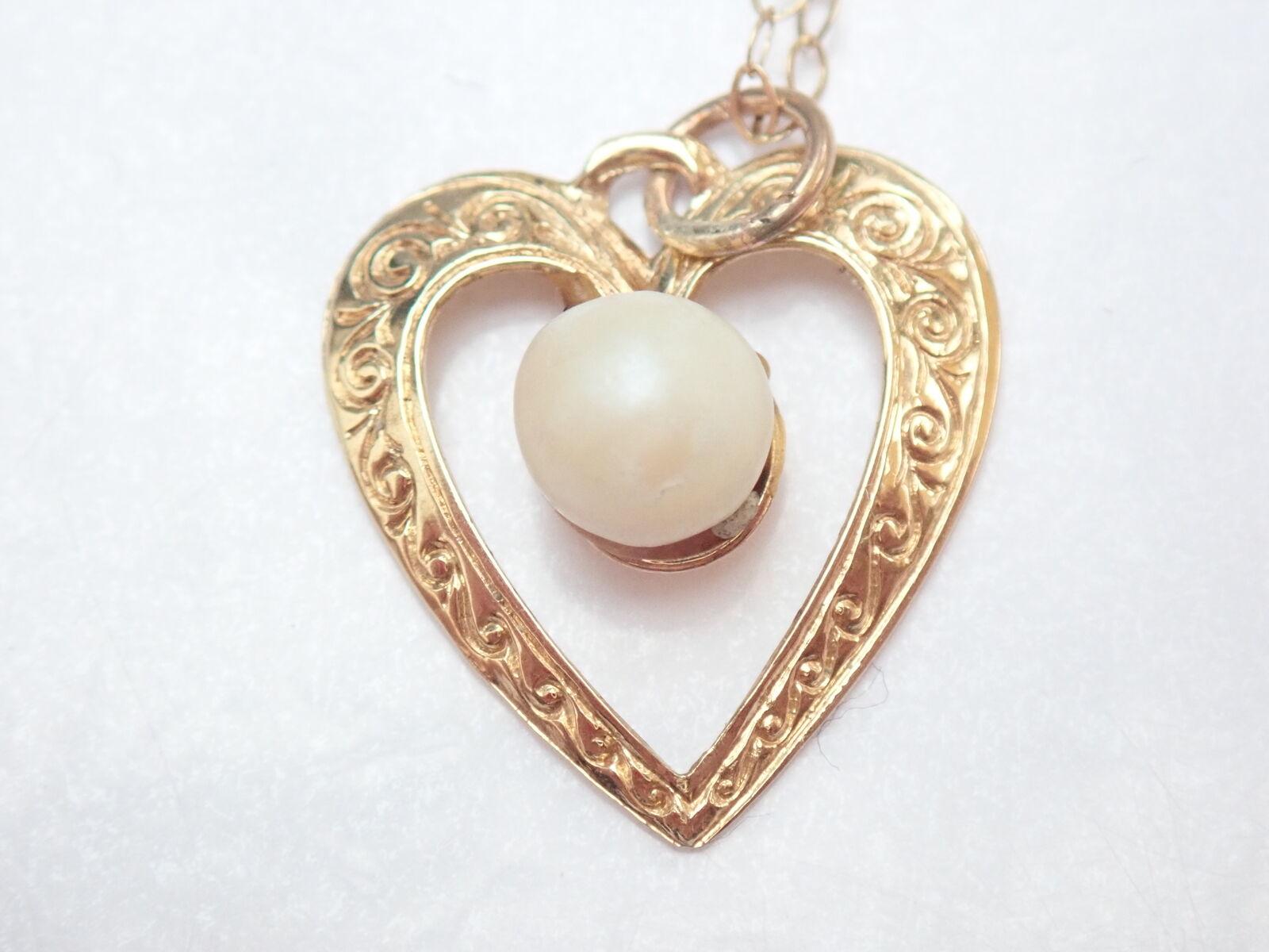Pearl Heart Gold Pendant