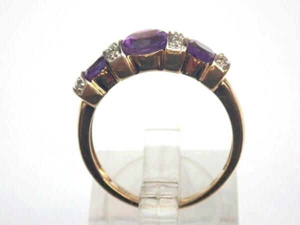 Beautiful ! 10ct Yellow Amethyst and Diamond Trilogy Ring Size O1/2 – 3.1gms #60