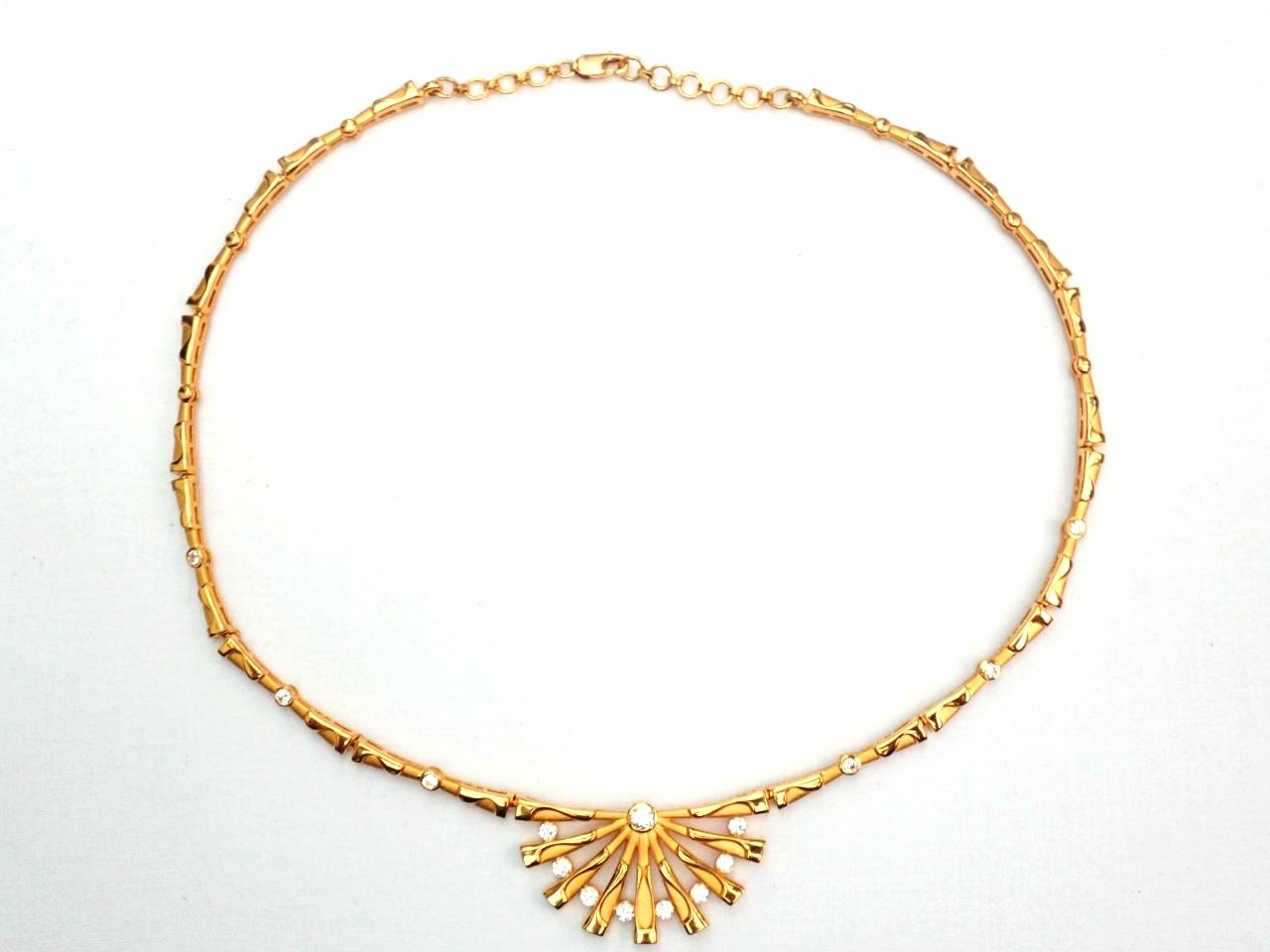 AA000995 - Designer! 22 Carat Yellow Gold Cubic Zirconia Lady's Choker Necklace 32gms 17 Inch