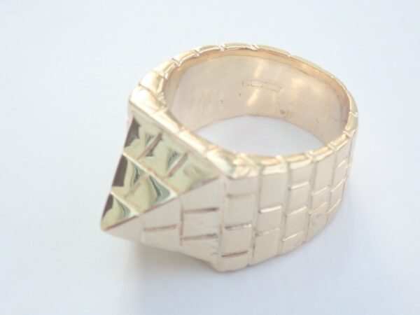 Heavy Solid Gold Pyramid Ring – 9ct. Size V 29.2gms