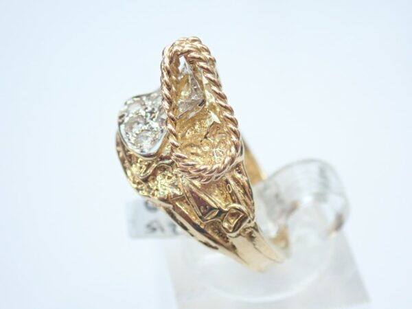 Solid Gold Saddle Ring with Cubic Zirconia- 9ct – Size N