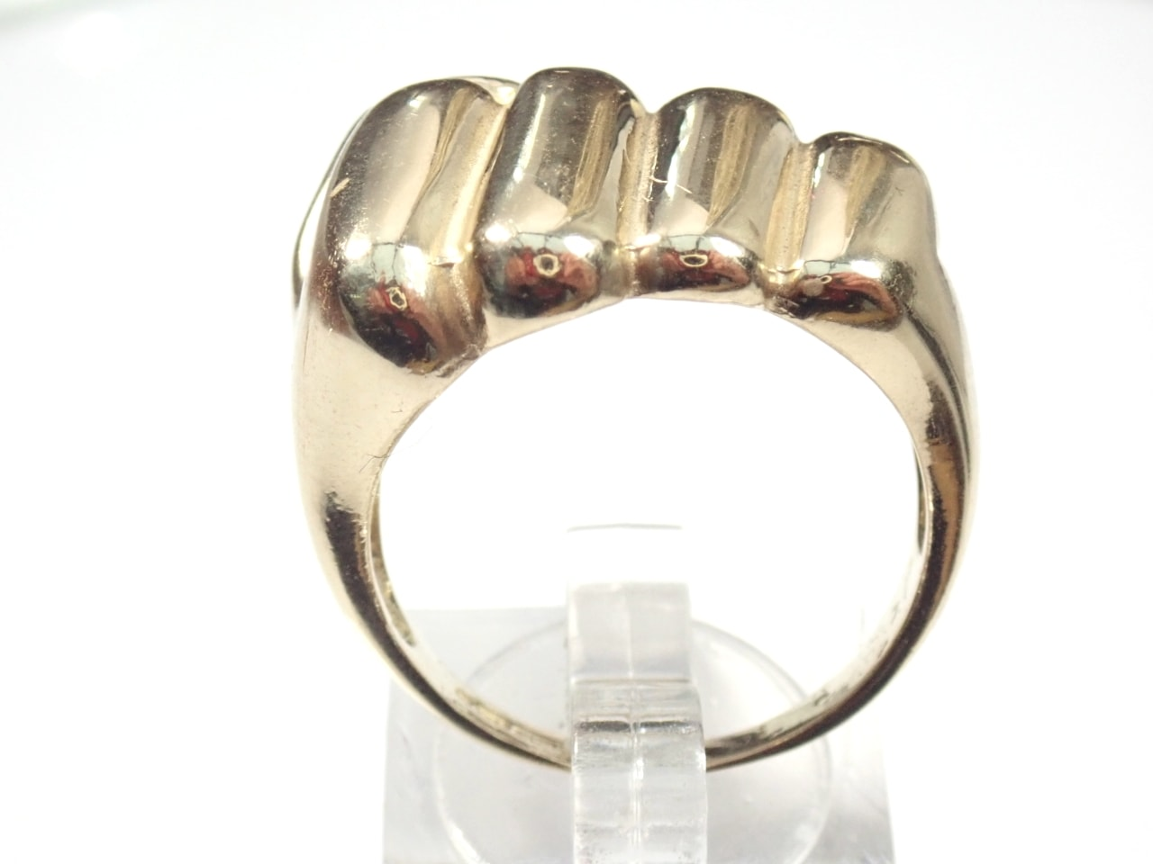 Solid 9ct Gold Fist Ring With Cubic Zirconia 10.4gms Size U1/2