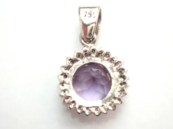 Amethyst Diamond 18ct Gold Pendant -2.3 grams #90