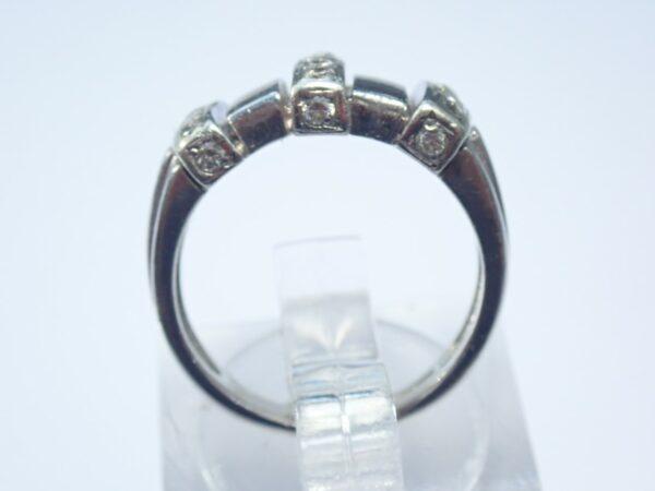 9ct Gold Diamond Ring – White Gold Size I- 5.1 grams