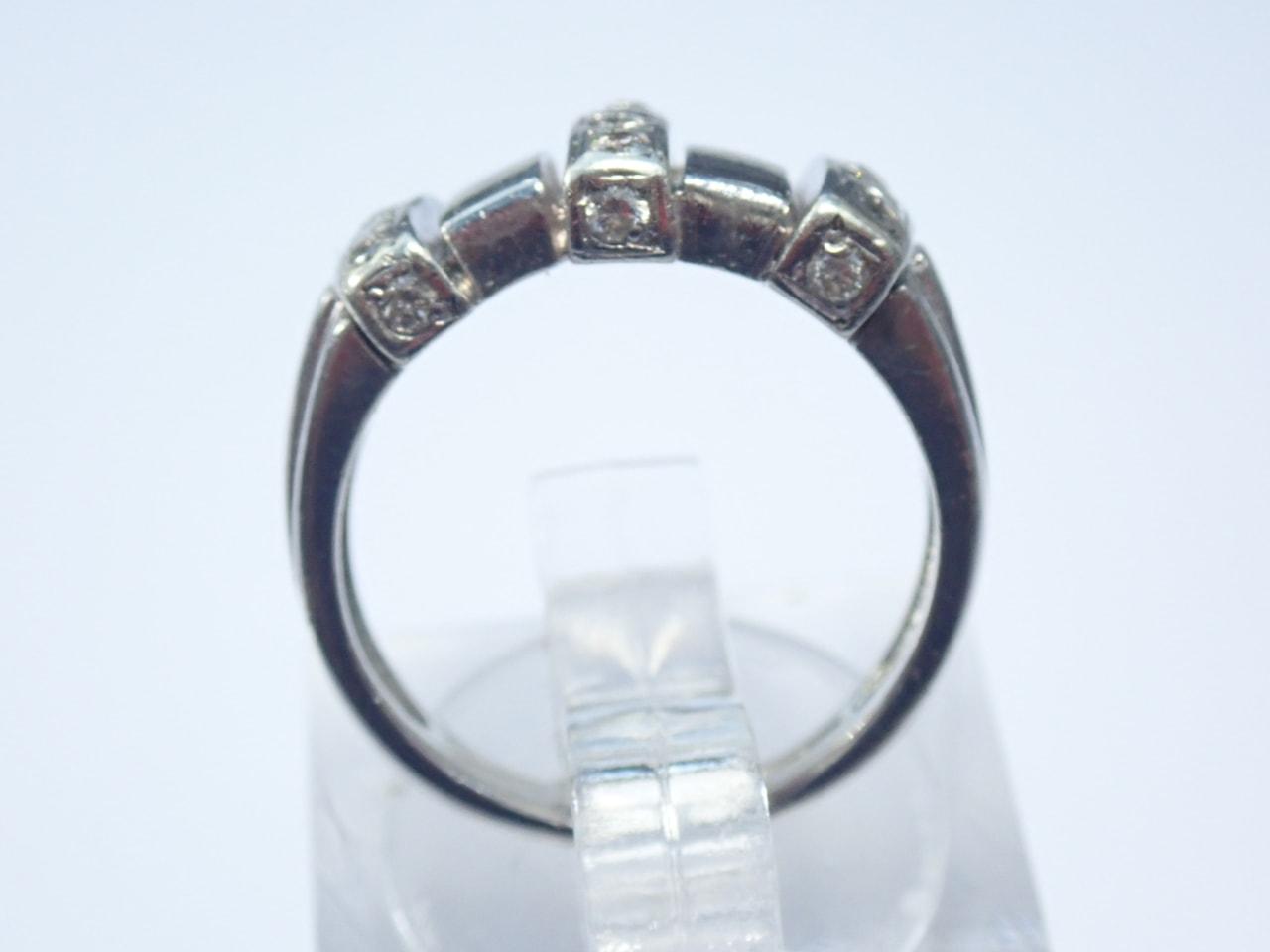 9ct Gold Diamond Ring - White Gold Size I- 5.1 grams
