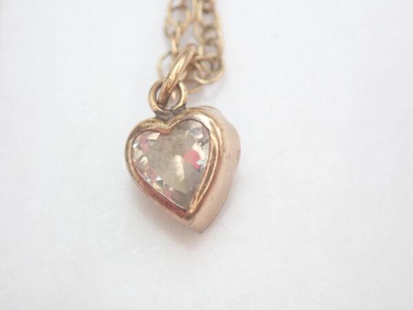 Cubic Zirconia Heart Pendant 375 9k – 14 inch 9k gold Chain