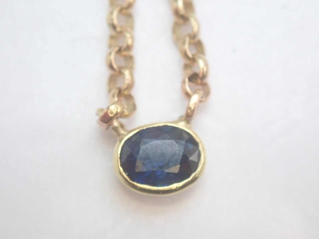 14k Gold Oval Sapphire Pendant 585 Yellow 16 inch Gold Chain