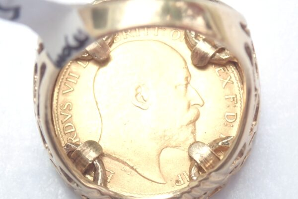 1909 Half Sovereign Heart  Ring Size M -8.7gms