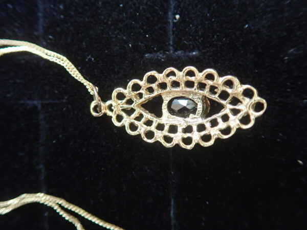 Victorian! Smoky Quartz 9k gold Pendant 18 inch chain- 1.9 grams